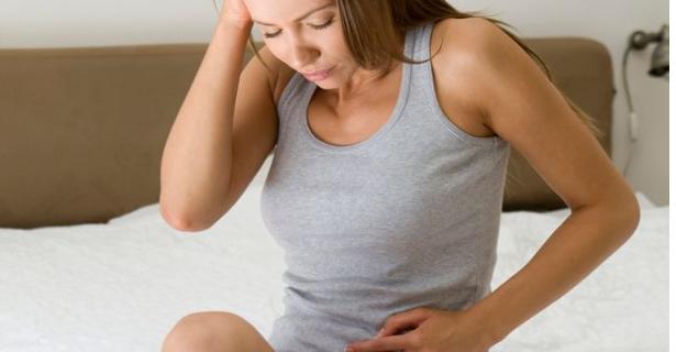 Uczucie niepokoju w brzuchu – co je powoduje?